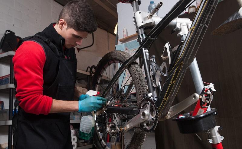 soporte reparación biicleta