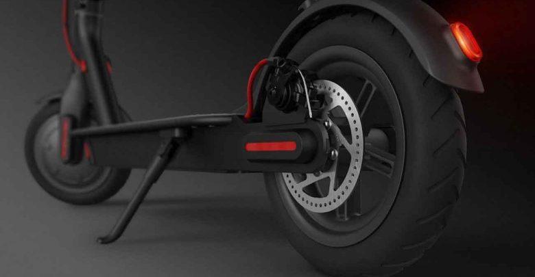 detalle de las ruedas del xiaomi m365